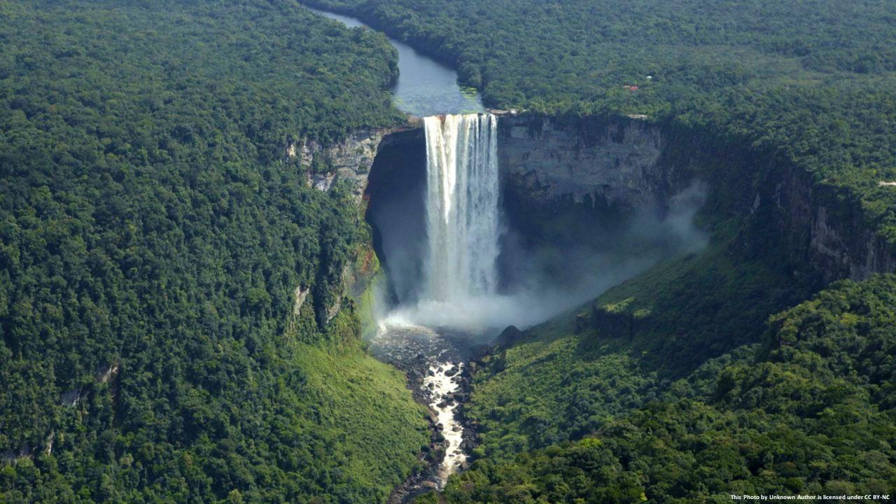 202101 Kaieteur Falls in Guyana