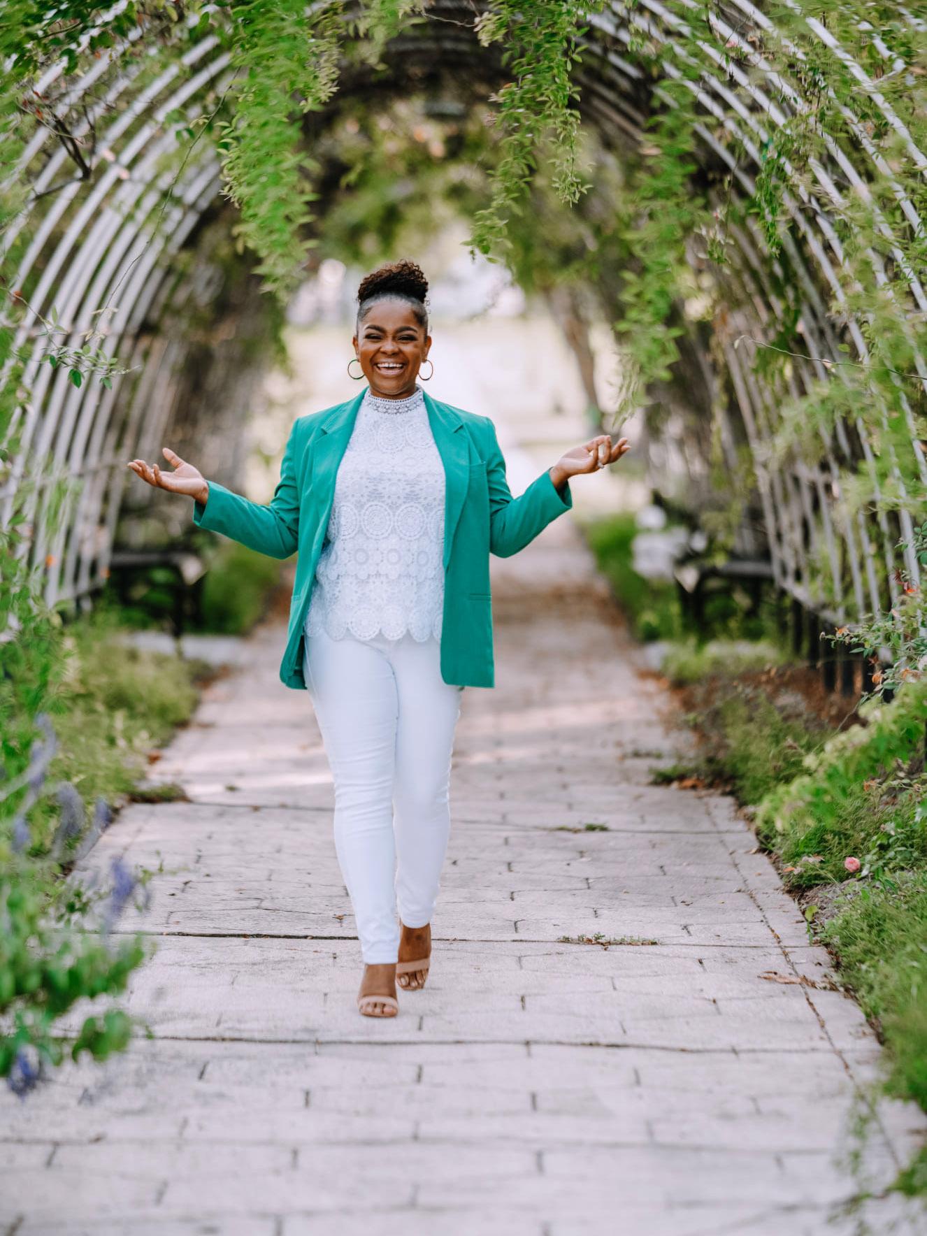 Ashantae Green by Eridan Images